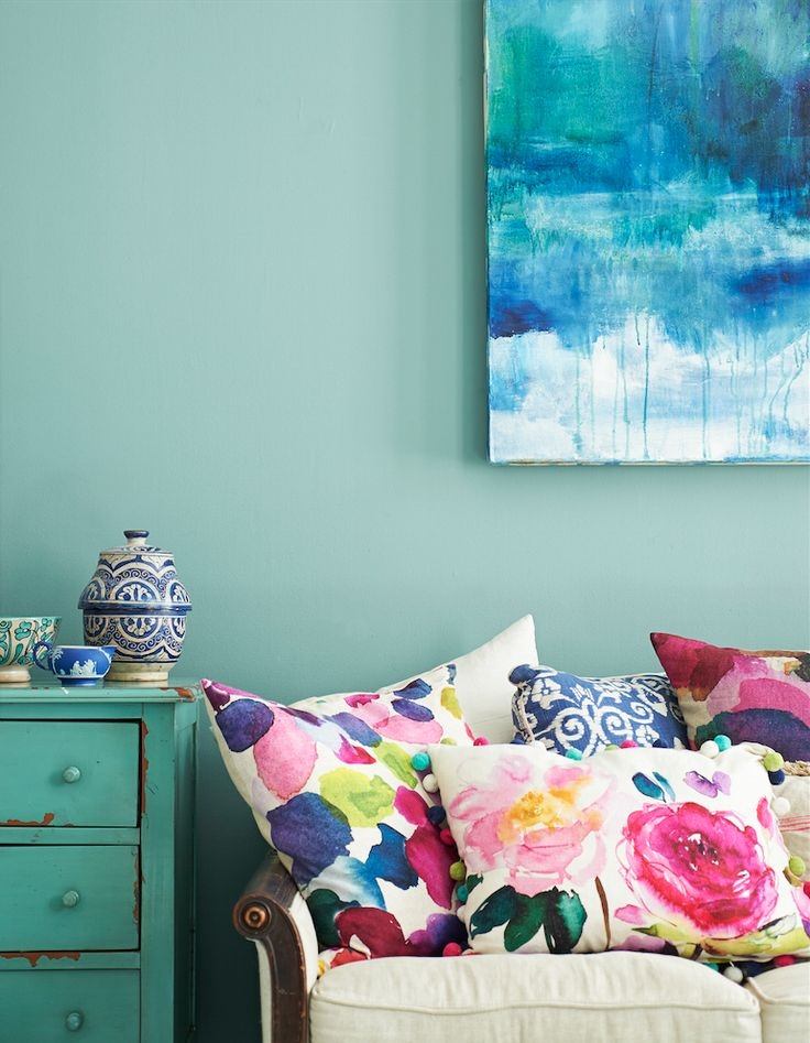 Use colorful cushions