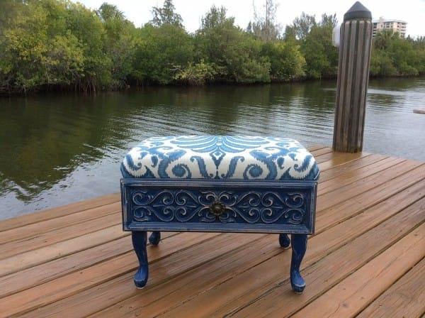 Turn an old dresser drawer into an ottoman