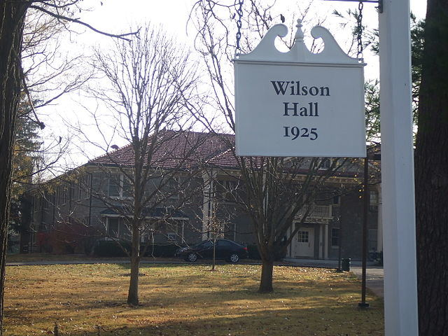Room 428, Athens, Ohio, United States