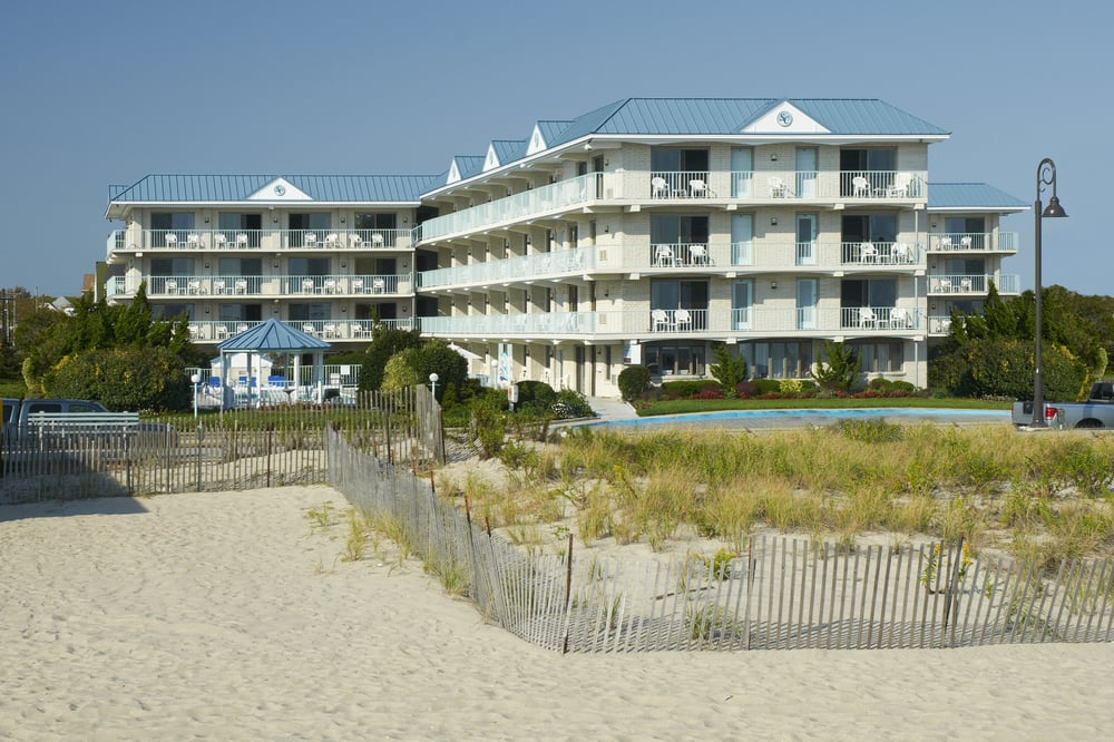 Top 10 affordable beachfront hotels in america lost waldo for Hotels jersey