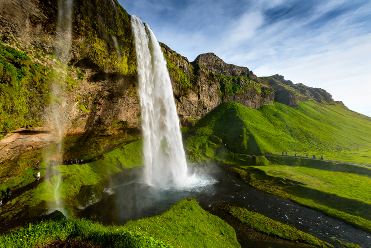 Seljalandsfoss-Waterfall