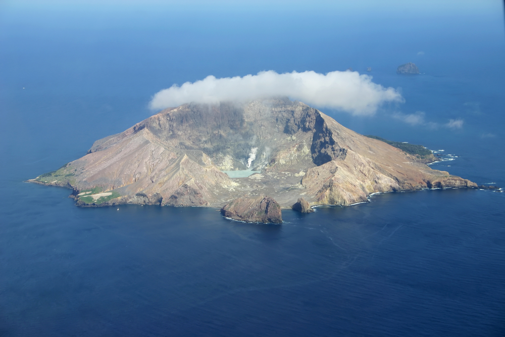 #5 White Island